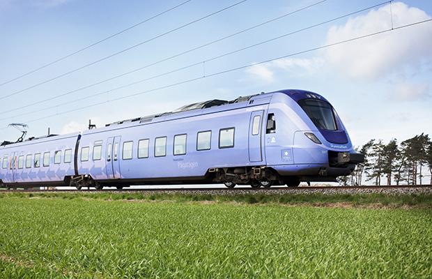 Mellan lördag eftermiddag och måndag morgon är alla tåg inställda mellan Ystad och Hyllie.