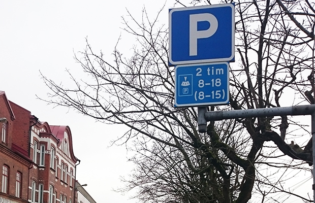 parkeringsskyllt 620 kontrast
