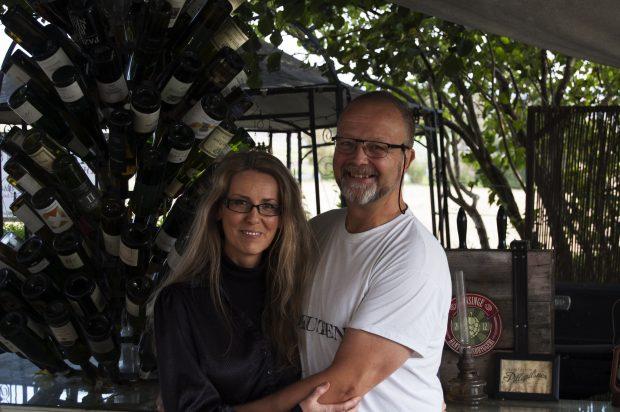 Jannike Briesenland Lister och Johan Lister reser gärna till vingårdar i Europa.