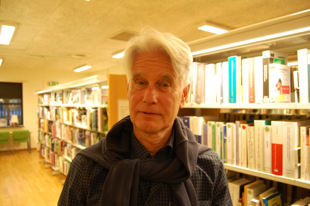 Tomas Palmér, vikarie på Skurups bibliotek.