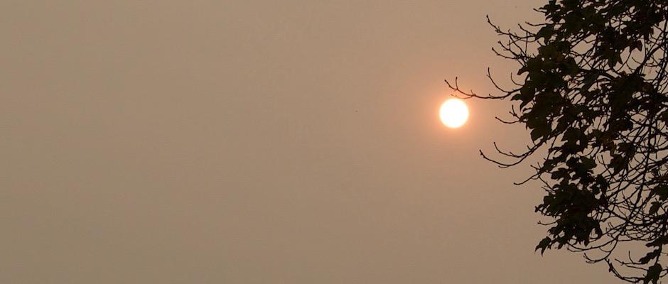 Även i Skurup är solljuset ovanligt svagt.