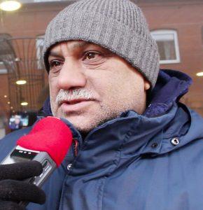 """""""Vi har förlorat igen"""" säger Ali Ali efter att hans livsmedelsbutik i centrala Skurup rånades på onsdagskvällen."""