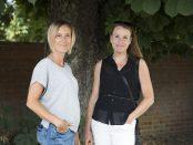 Annika Thunell och Katarina Melvinger är kollegor och numera också författarpar.