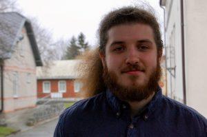 Hampus Kjellin har spelat folkmusik i snart 8 år