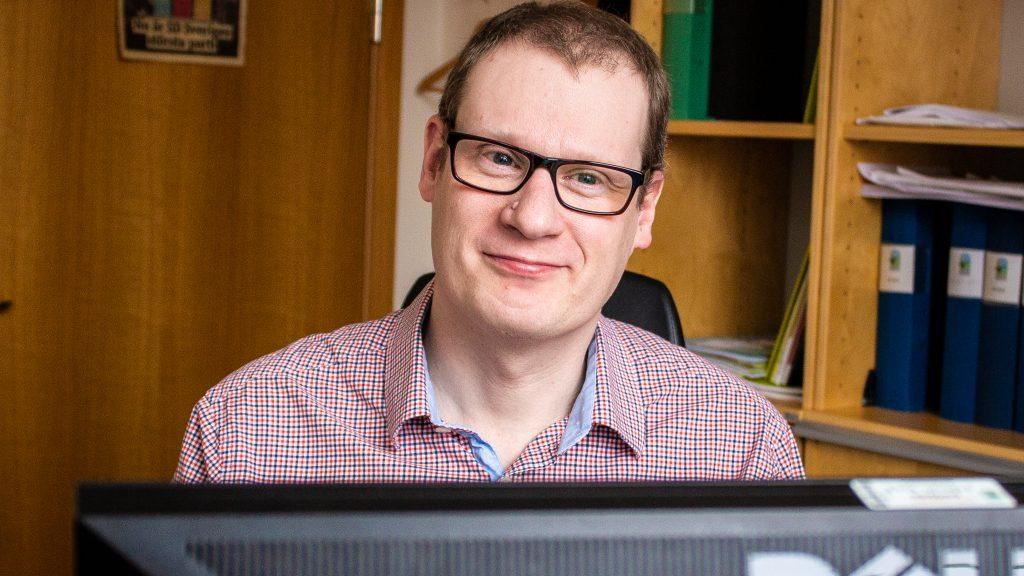 Sverigedemokraternas Lars Nyström ser ut att få som han vill när Skurups kommun röstar om tiggeriförbud.
