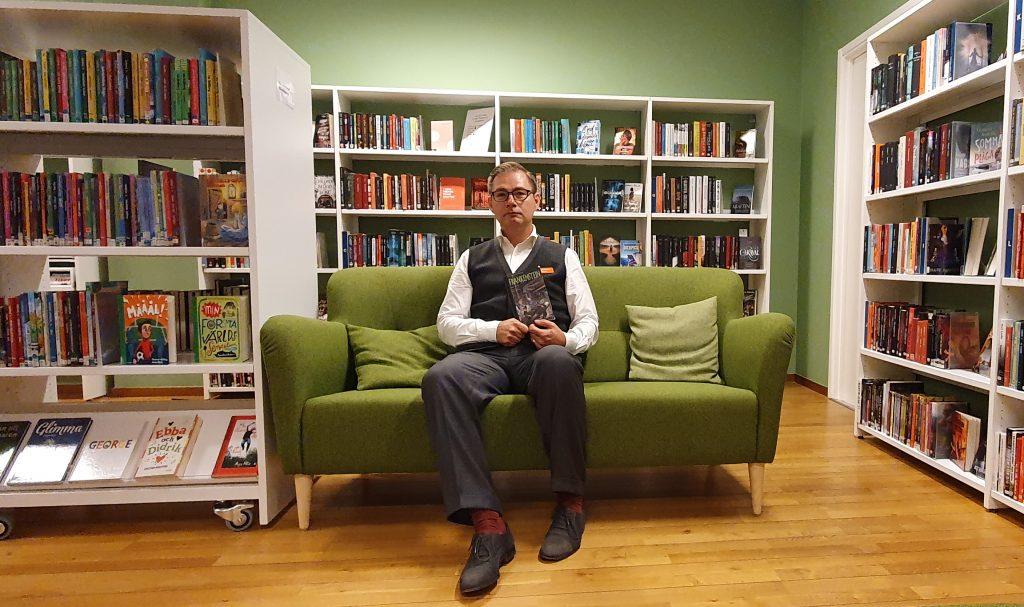 Magnus Cadier hoppas fortfarande på lässugna ungdomar.