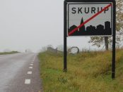 En interpellation har lämnats in efter Johan Bolinder valt att bojkotta Skurupsposten.