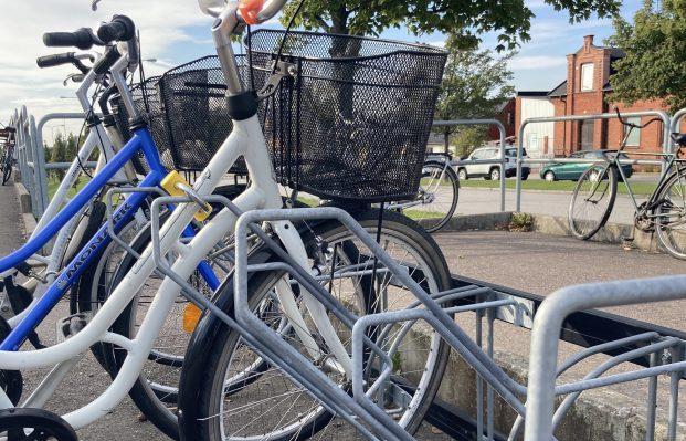 Nya cykelställ ska göra det svårare för tjuvarna.