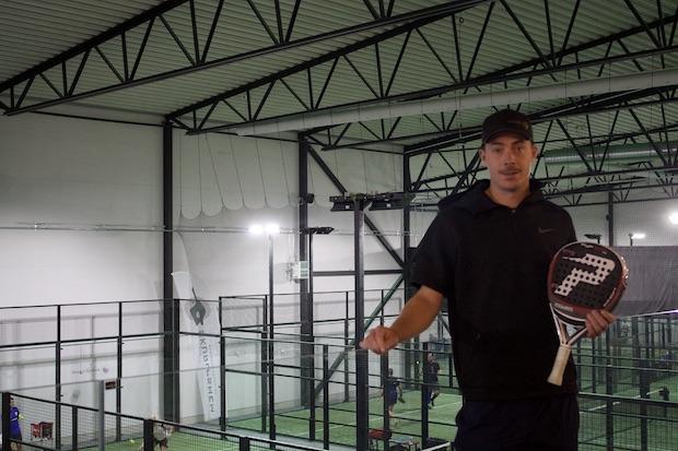 André Schlyter har bytt från tennis till padel. I helgen tävlar han i svenska mästerskapen.