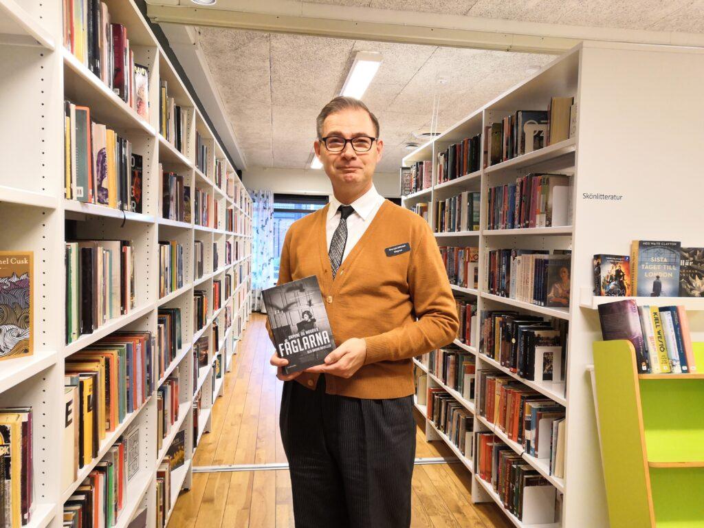 """Daphne du Maurier novellsamling """"Fåglarna och andra noveller"""" innehåller några av de mest skrämmande berättelser Magnus X läst. Novellen i titeln utgjorde inspirationskällan till Alfred Hitchcocks succéfilm fåglarna."""