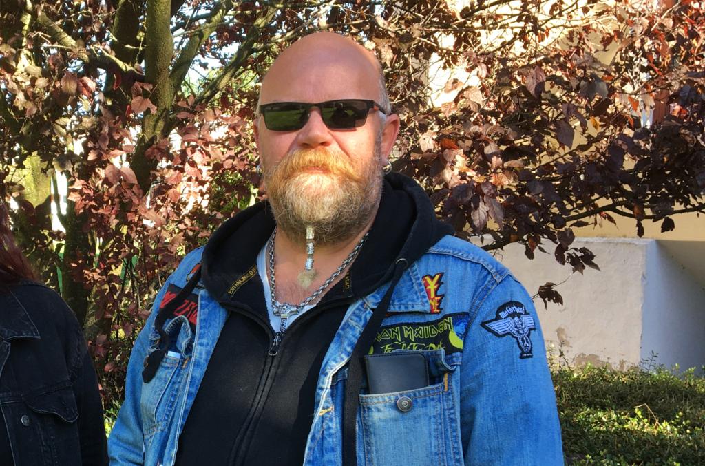 Dan Sjögren brukade bygga fågelholkar och insektshotell i snickeriet på Pomona.