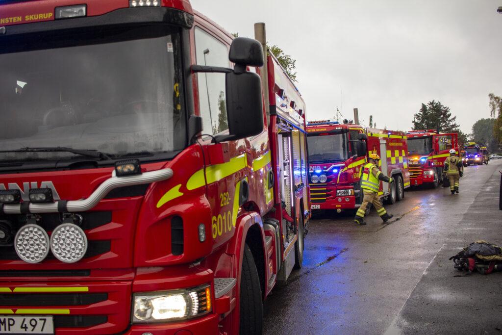 Fem brandbilar var på plats vid branden i Abbekås.