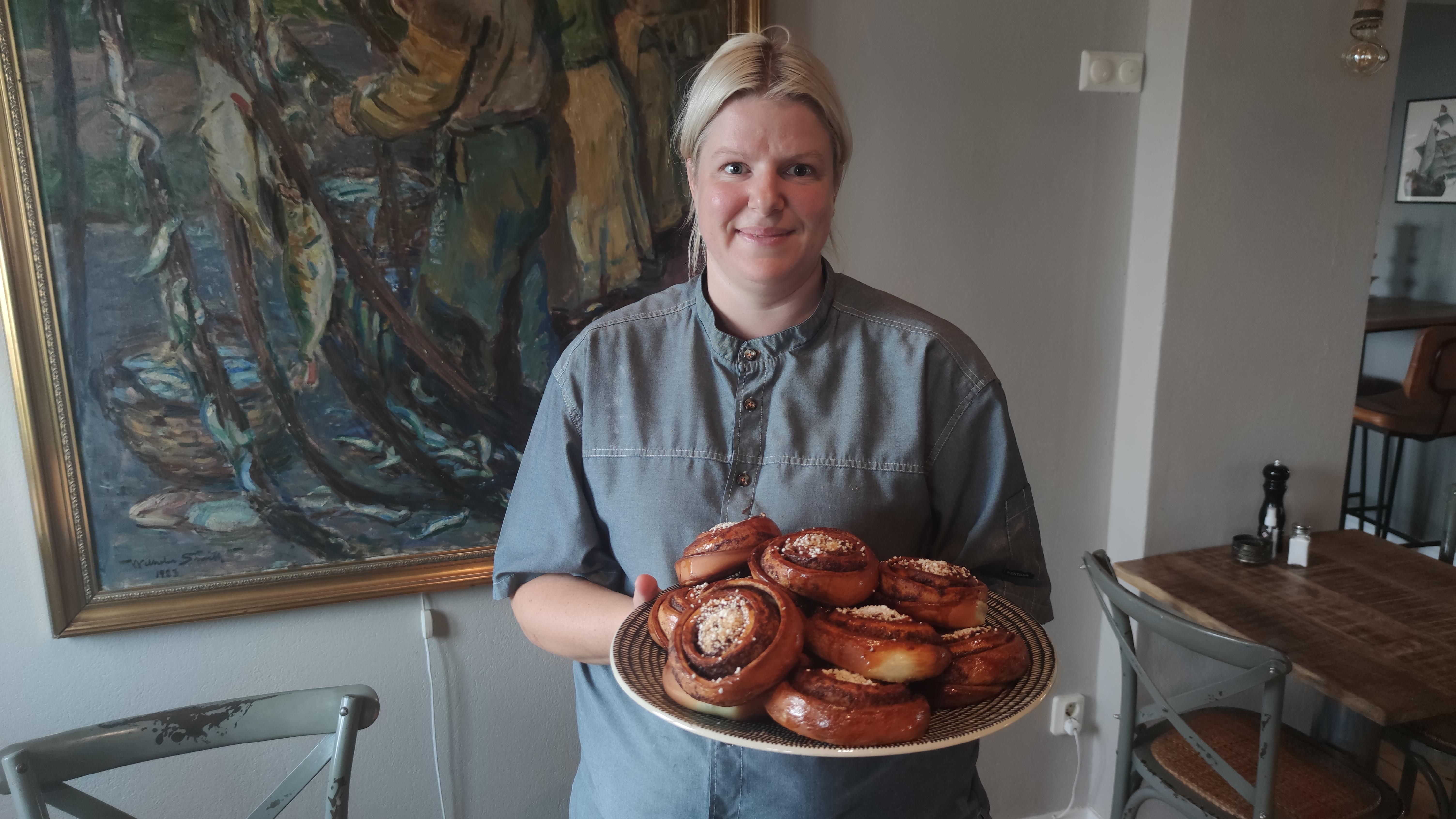 Sara Rasmusson började arbeta som bagare på Bongska huset i Abbekås för tre månader sen.