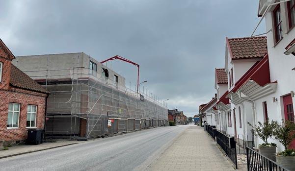 Det byggs både hyresbostäder och bostadsrätter i kommunen.