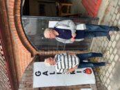 Björn Weiland, 82 och Nils-Eric Magnusson, 74 vid ingången till Mästers galleri.