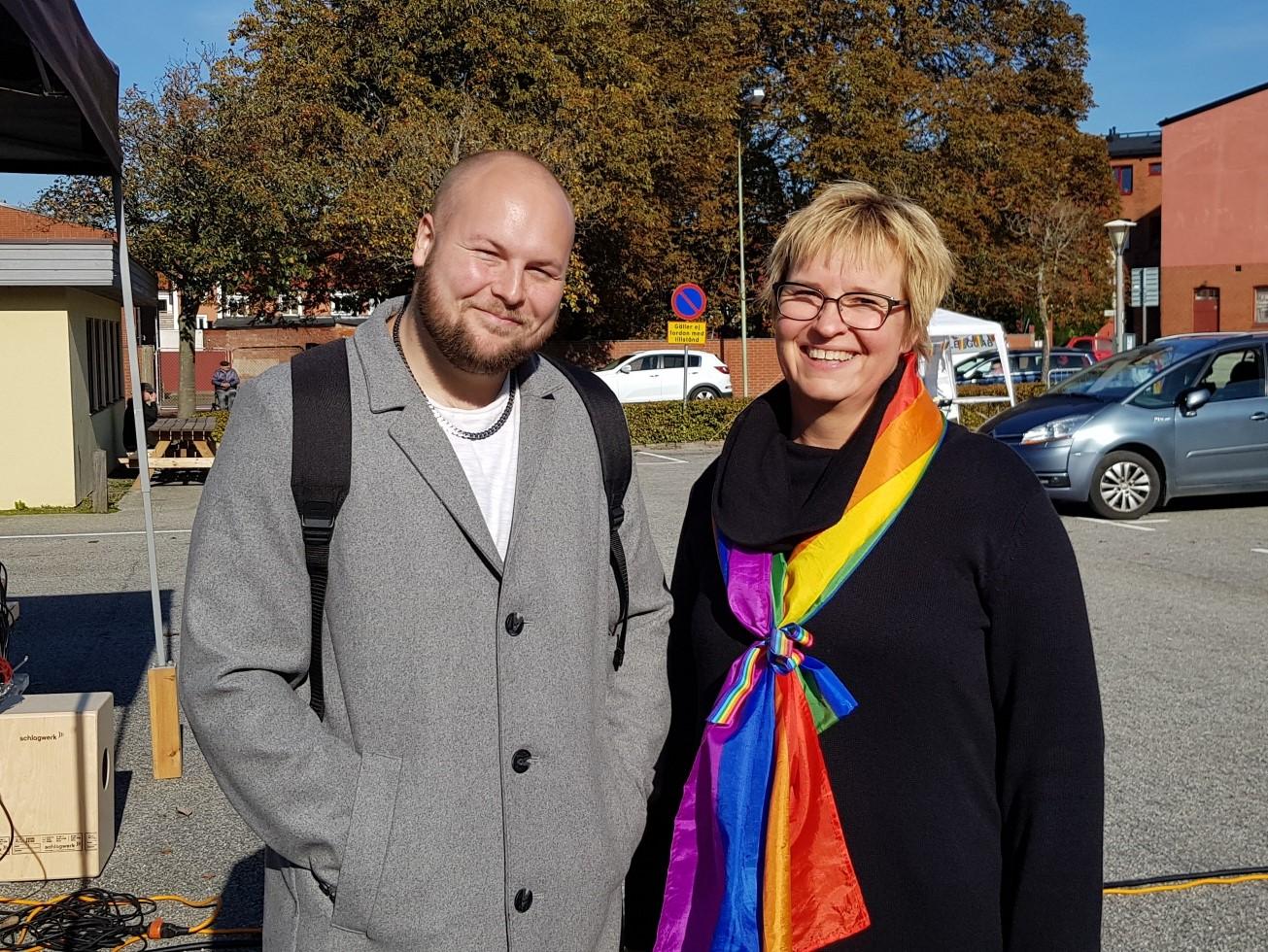 Konferenciern Christin Stigborg som en gång i tiden var rektor på Mattias skola [Mackleanskolan] tyckte att det var jättekul att träffa honom.